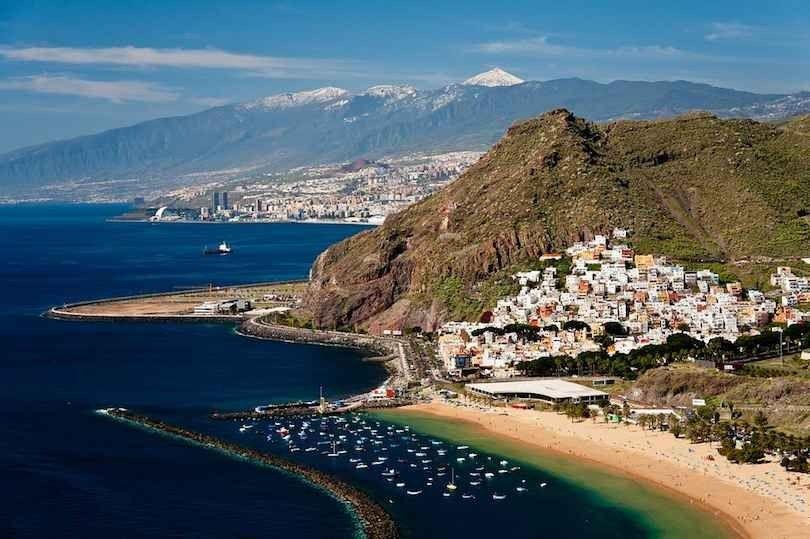 الشواطئ السياحية في إسبانيا