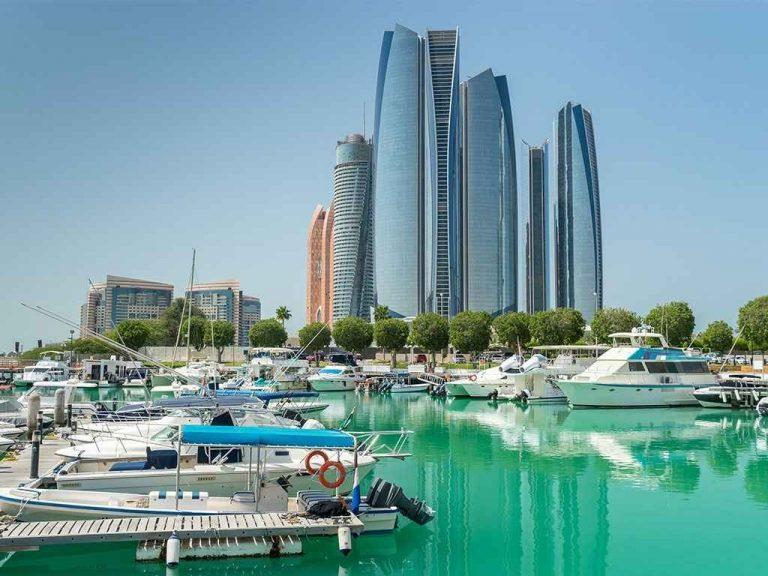 أفضل الاماكن السياحية في أبوظبي لسياحة مُمتعة 11