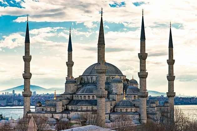 السياحة في مسجد السلطان أحمد في اسطنبول 4