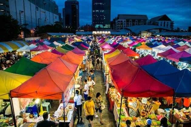 الاسواق الشعبية الأكثر زيارة في بانكوك للحاجيات اليومية 1