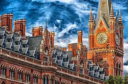 المدن السياحية في بريطانيا ذات طابع سياحي واحد أم متنوع 2