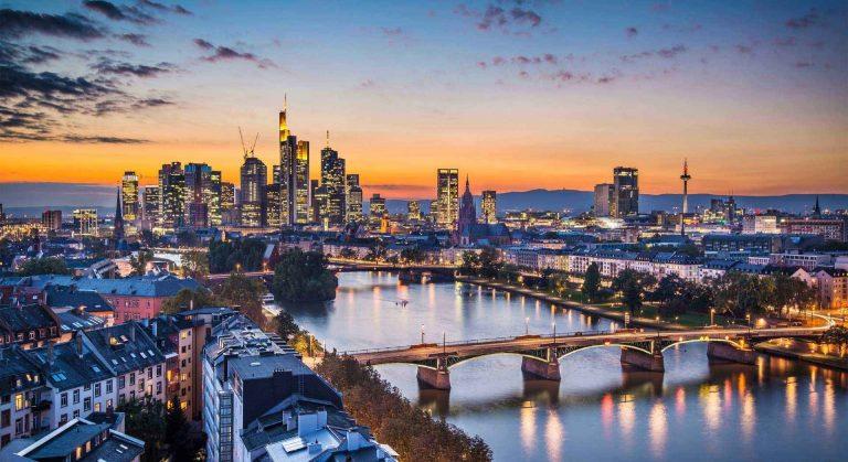 Photo of الأماكن السياحية في فرانكفورت مدينة الجمال والثقافة ورحلات اليوم الواحد