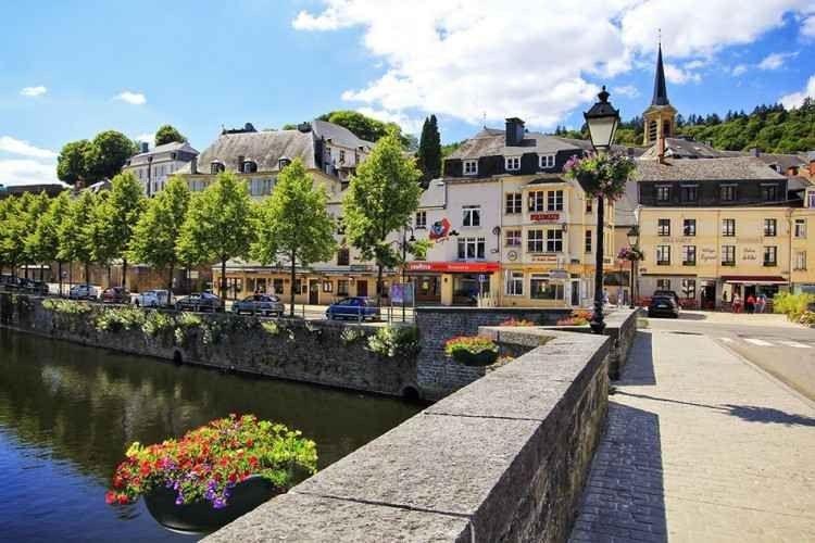 قرية بويلون بلجيكا Bouillon Belgium