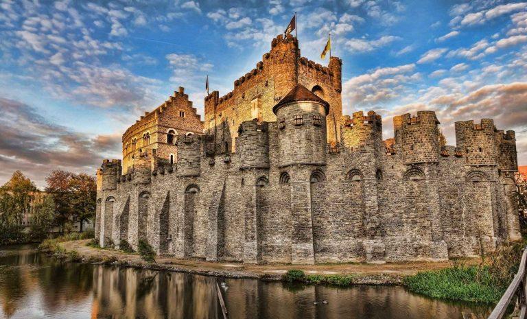 قلعة غرافنستينGhent's Gravensteen