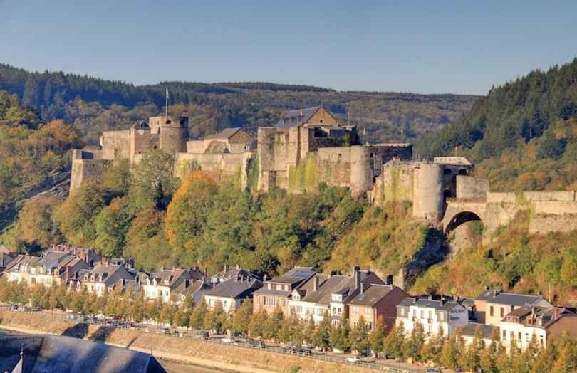 قلعة بويلون بلجيكاBouillon Castle -بلجيكا