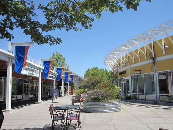 بيتالوما فيلاج بريميوم أوتلتس Petamula Village Premium Outlets