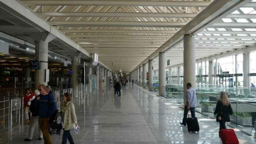 مطار بالما دي مايوركاPalma De Mallorca Airport