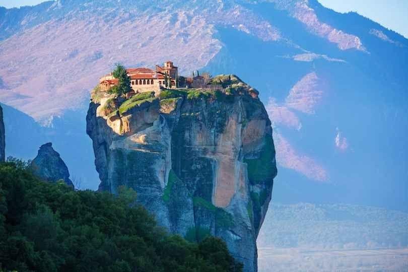 أفضل 10 مناطق سياحية في اليونان