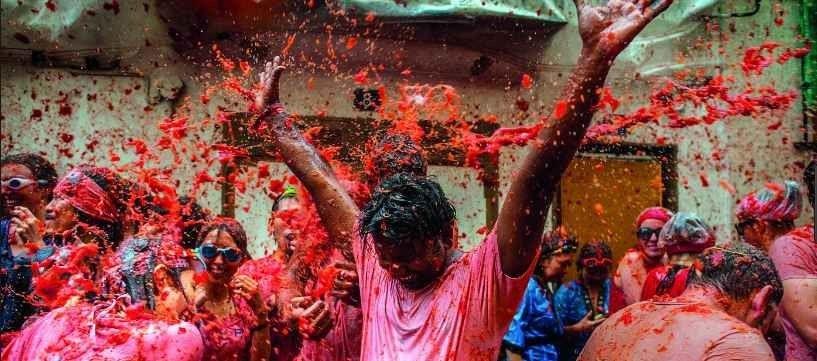 عادات وتقاليد غريبة حول العالم