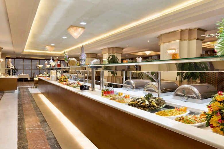 Photo of افضل مطاعم الطائف للعوائل .. 5 مطاعم لا يجب أن تفوت زيارتها مع عائلتك