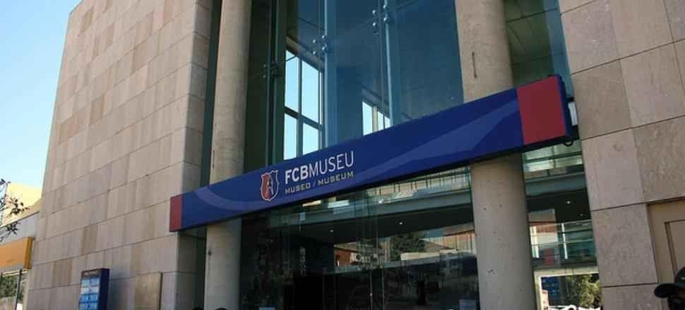 متحف نادي برشلونة لكرة القدم - The Football Club Barcelona Museum