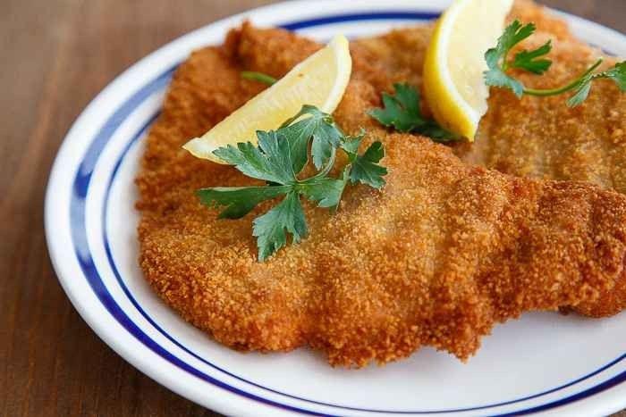 اكلات مشهورة Schnitzel-2