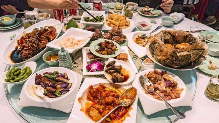 إعداد مآدِب الطعام للاحتفال بالمناسبات الخاصة