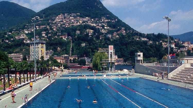 مسبح في لوجانو - Lido di Lugano