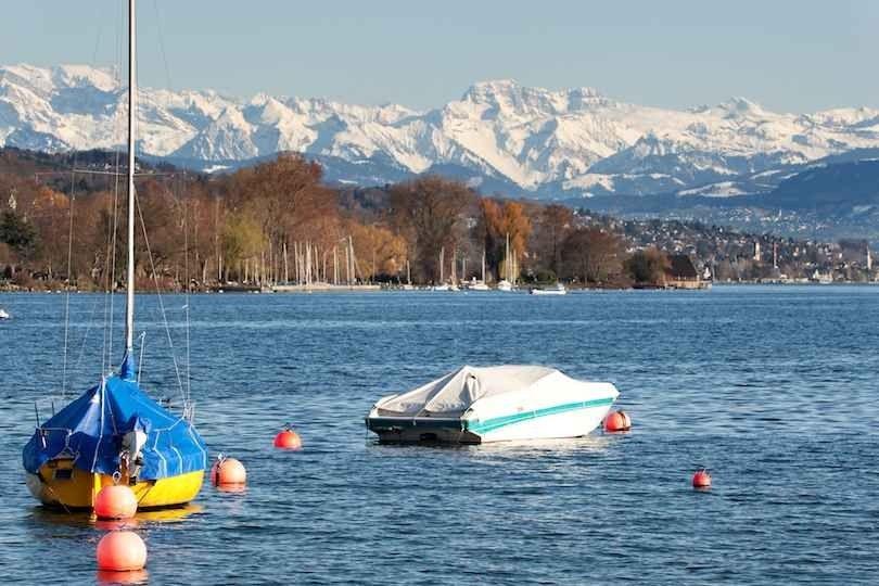 Lake Zurich -بحيرة زيورخ