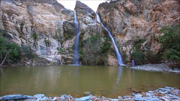 شلال الدهناءAl Dahna Waterfall