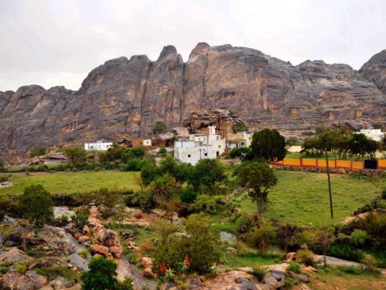 جبال منعاءManaa Mountains
