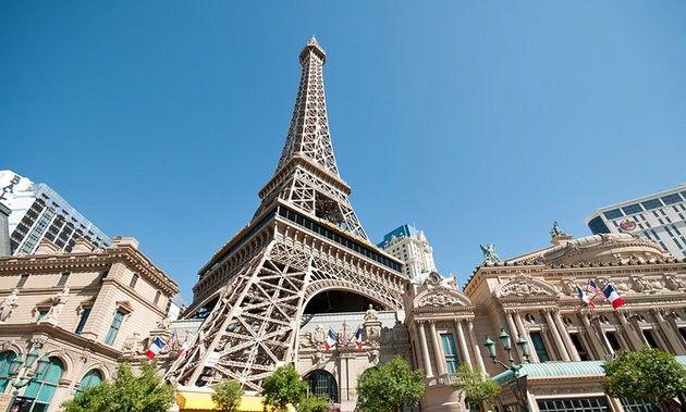 فندق باريس لاس فيجاس وبرج إيفلParis Hotel and the Eiffel Tower
