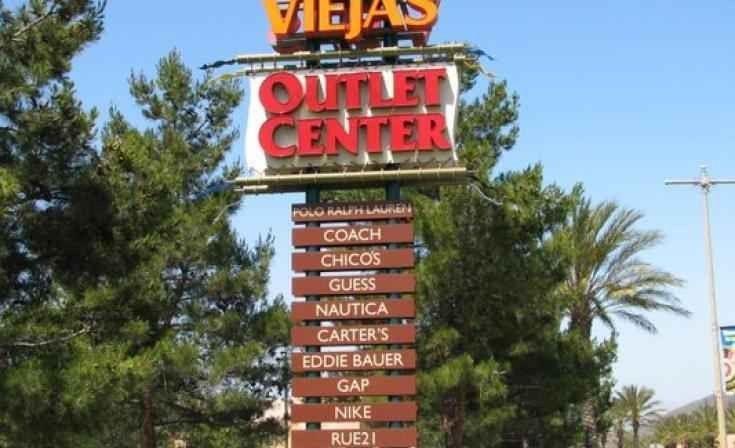 فيجاز أوت لت سنتر Viejas Outlet Center