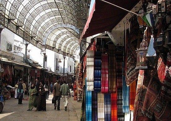 سوق شارع القناصل