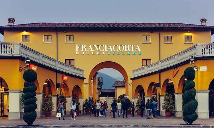 Photo of أسواق  اوت لت في ميلانو .. حيث يمكنك إقتناء أهم الماركات العالمية بأرخص الأسعار