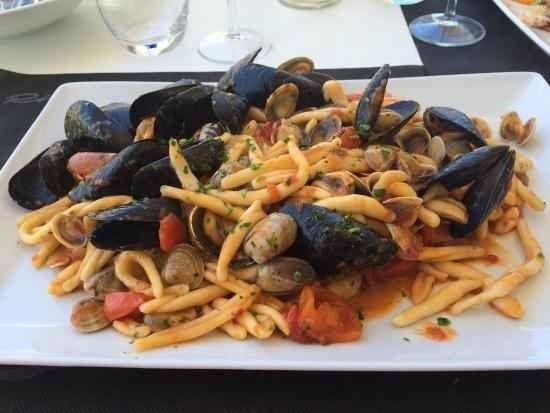 مطعم ريفيرا Ristorante Riviera