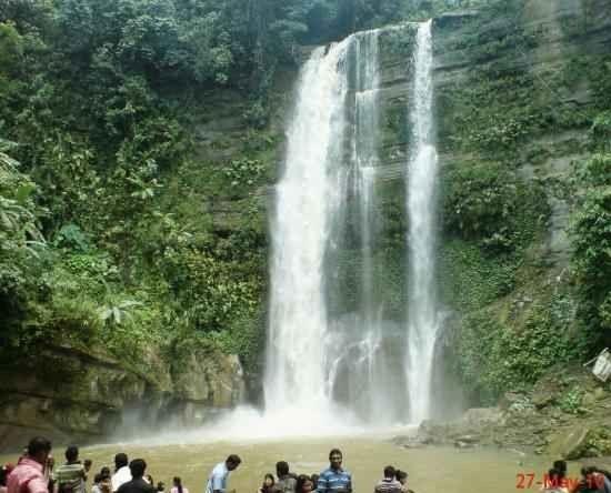 Madhabkunda waterfall - شلالماهدابكوندا