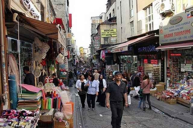 محلات ملابس محجبات في اسطنبول
