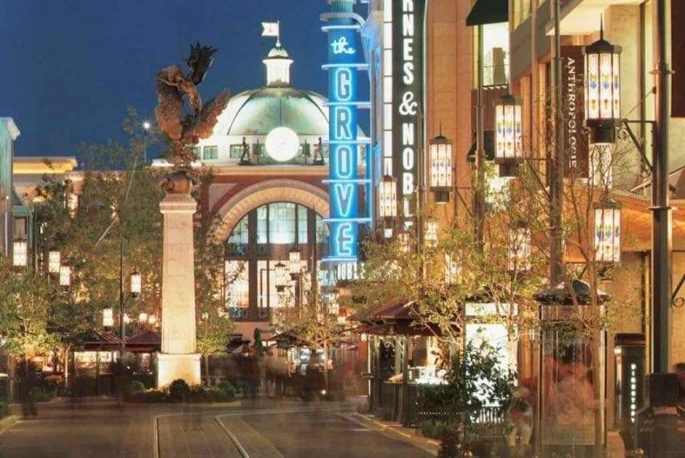 التسوق بـ لوس أنجلوس وأشهر وأرخص المراكز التجارية ..