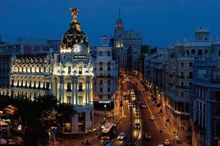 نصائح السفر إلى برشلونة .. تعرف على النصائح لزيارة لا تُنسى ! 2