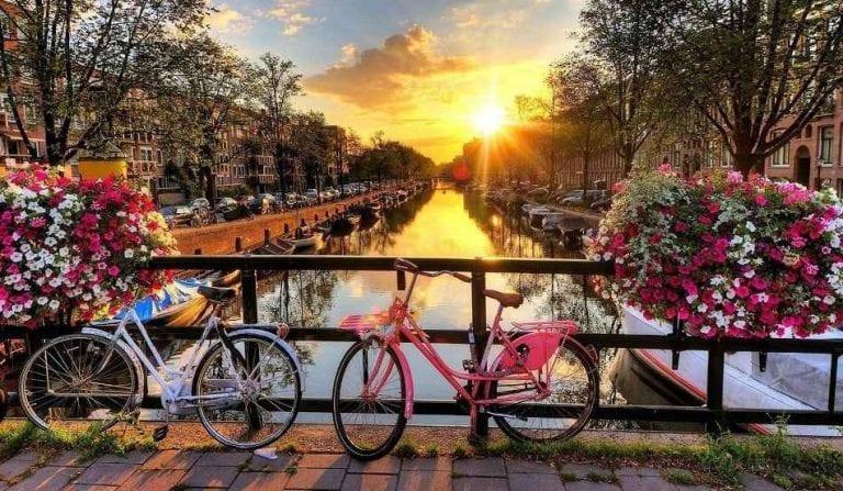 المواصلات في هولندا - تكلفة السياحة في هولندا
