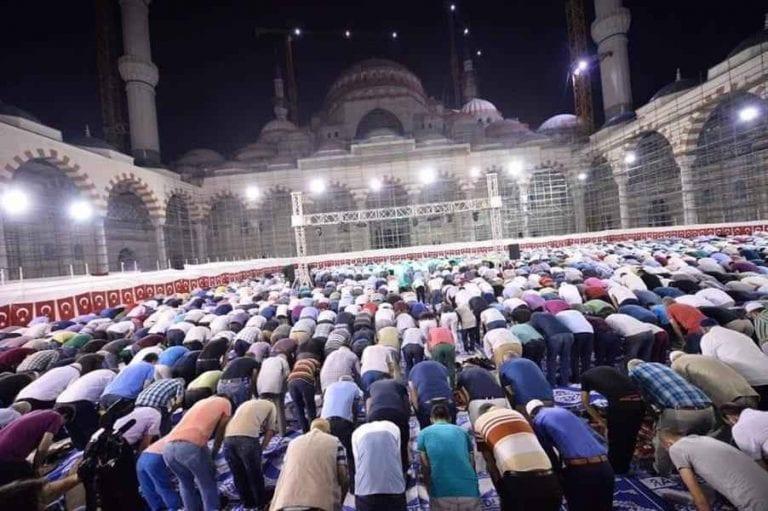 """""""شامليجا"""" بإسطنبول.. اكبر مسجد في تركيا.. بمساحة 15 الف متر مربع.."""