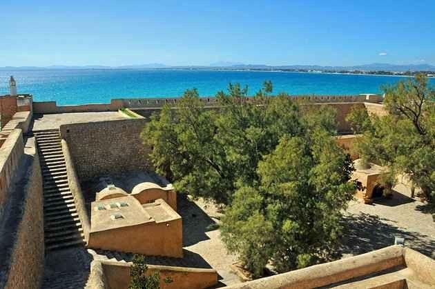 *القصبة..أجمل القلاع الأثرية بتونس..