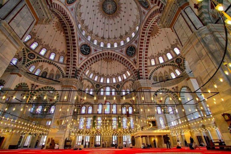 """تركيا""""بلد المساجد"""" ..تعرف على أشهر وأكبر المساجد على مستوى العالم.."""