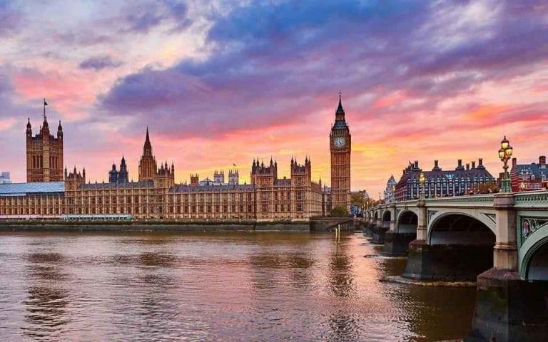 أشهر الأماكن السياحية فى بريطانيا .. لا يفوتك زيارتها ...