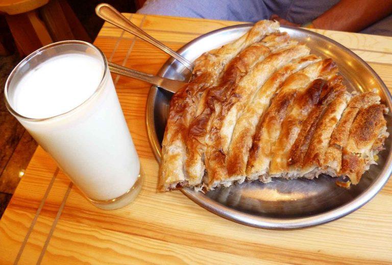 المأكولات والمشروبات بأقل تكلفة في البوسنة Food & Drinks