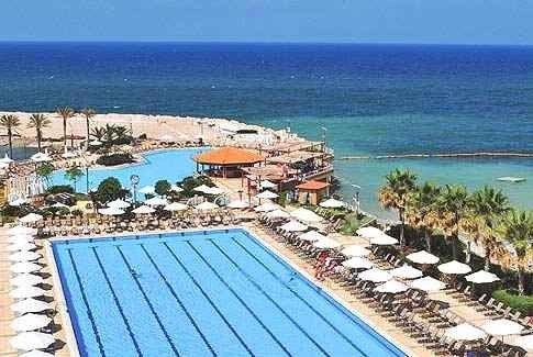 أجمل المنتجعات السياحية في لبنان على البحر 3