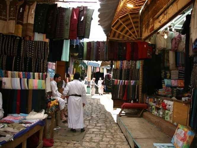 Photo of المولات والأسواق في صلالة.. 6 أسواق تجمع بين العراقة والأصالة والحداثة