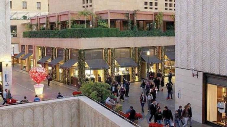 إليك..أشهر الأسواق فى بيروت..