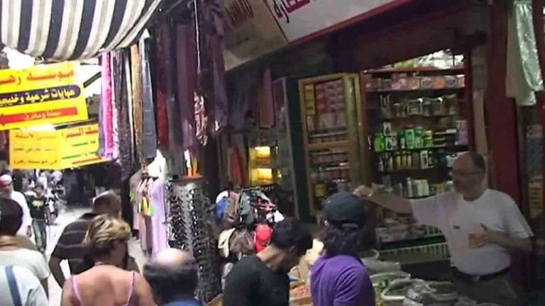 - سوق الأحد الشعبي.. بمدينة طرابلس..