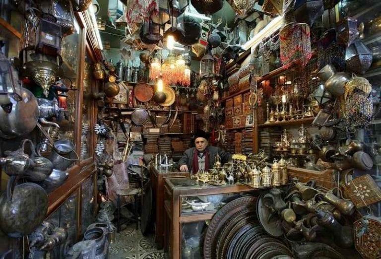 """- سوق """" النحاسين """" .."""