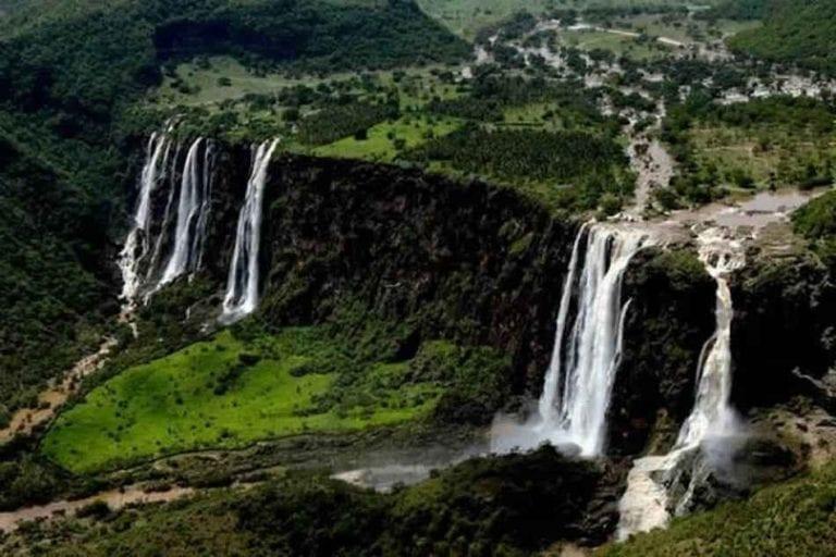 وادي دربات - السياحة في صلالة