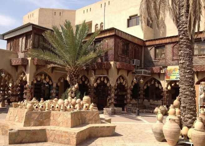 تعرف على ..أشهر الاسواق الشعبية في سلطنة عمان...