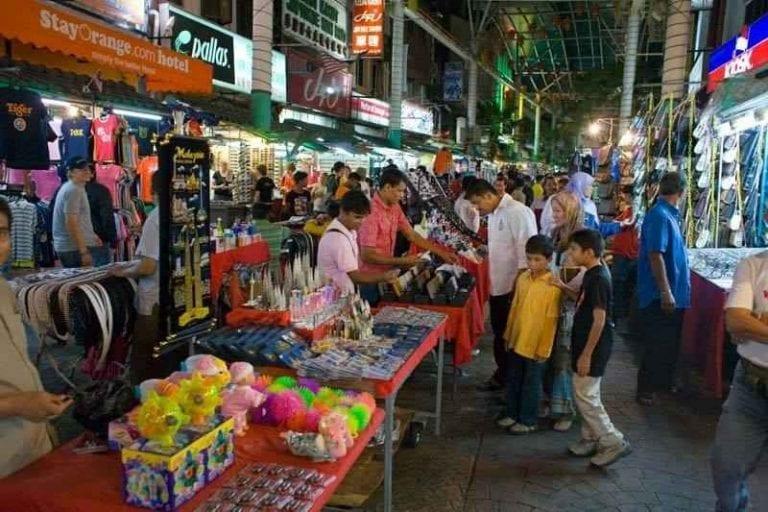81b21153e64e4 الاسواق الرخيصة في ماليزيا ..ودليلك الإقتصادى الشامل لأرخص الأسواق ...