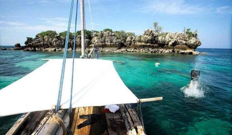 """"""" جزيرة مافيا """" .. افضل اماكن السياحة في تنزانيا .."""