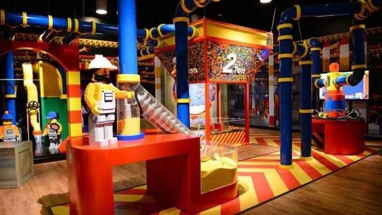 """- """"متحف الأطفال"""" ...فى مسقط ..."""