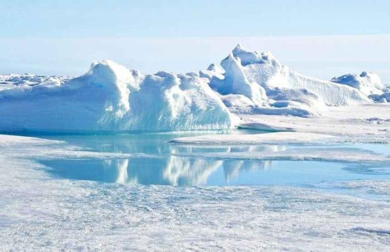 القطب الشمالي ..