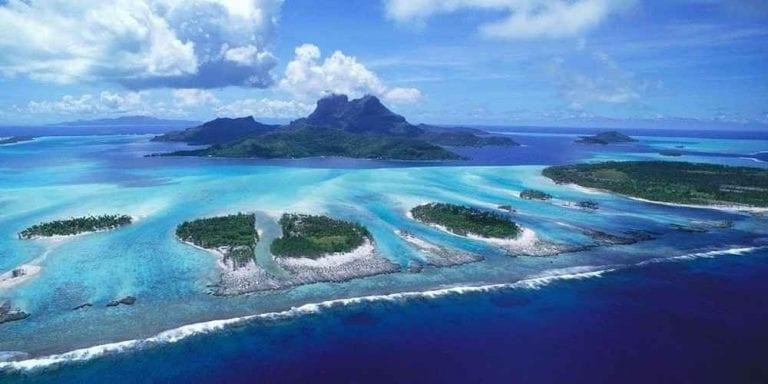 """"""" جزيرة بالترا Baltra Island"""" .. أهم اماكن السياحة في الاكوادور .."""