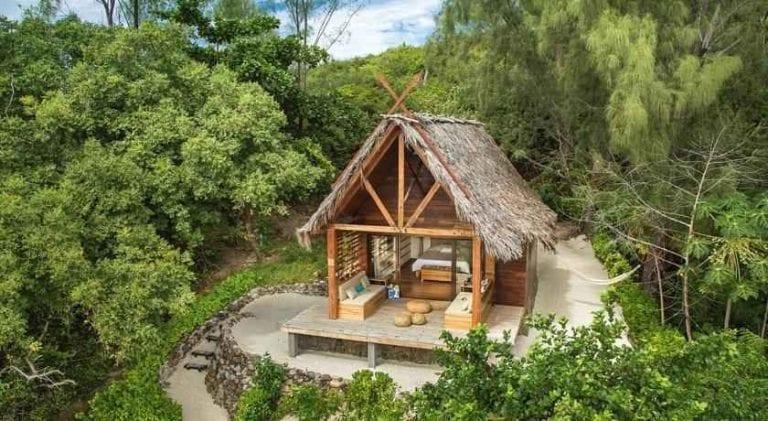 """قرية Constance Tsarabanjina""""""""واحدة من أجمل الاماكن السياحية في مدغشقر.."""