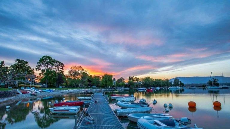 """"""" بحيرة جنيف Lake Geneva """" .. اجمل اماكن السياحة في مونترو .."""